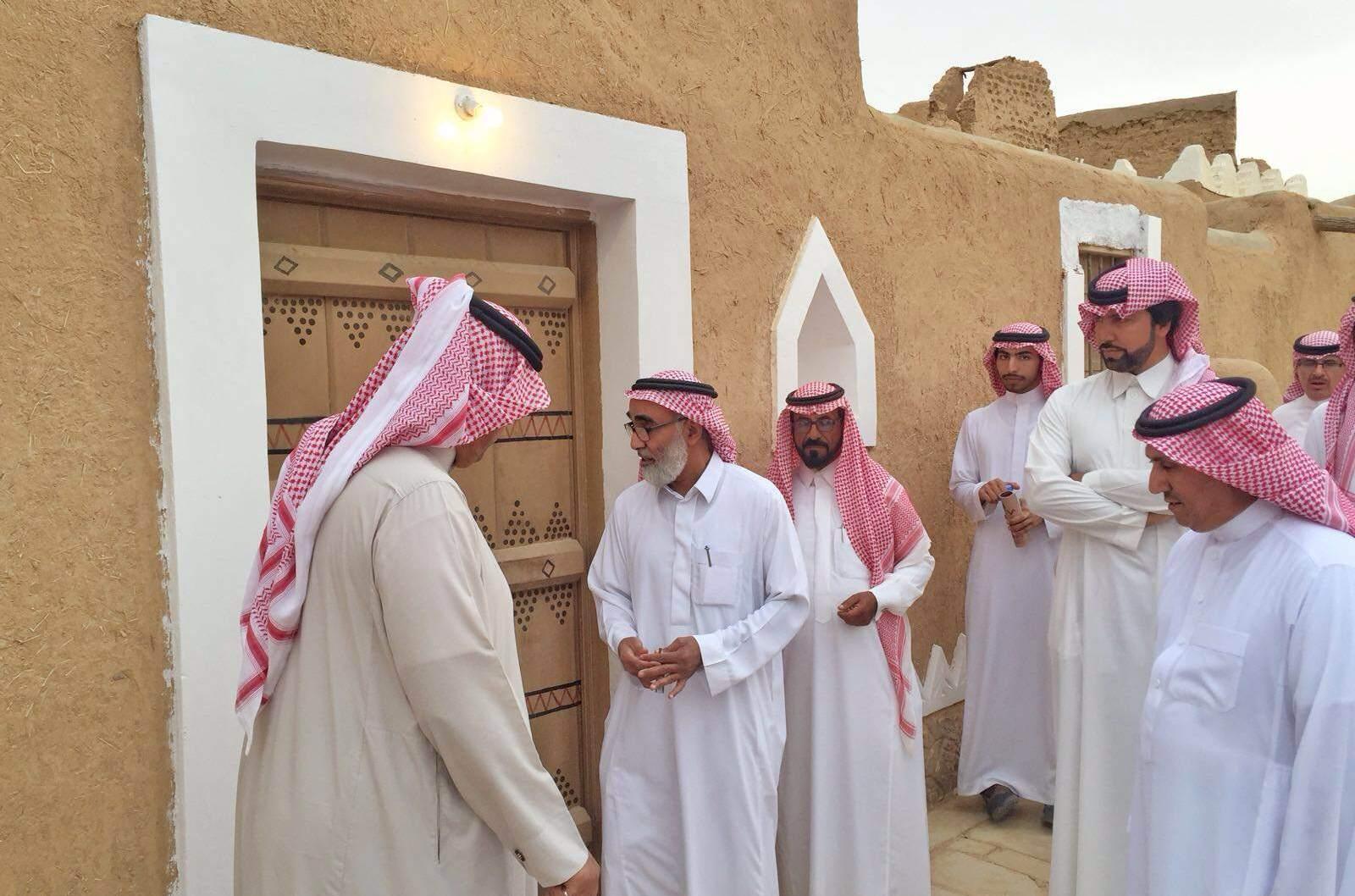 الاميران سعود وبدر يعودان 250 عاماً في قرية القصب (3)