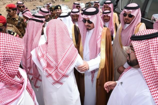 الامير-فيصل-بن-خالد-عزاء-الشهيد-ماجد-القحطاني5