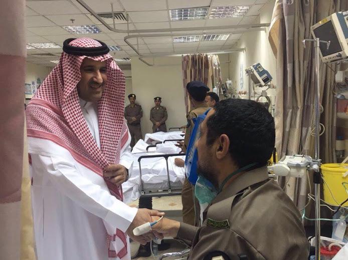 الامير فيصل بن سلمان يزور المصابين