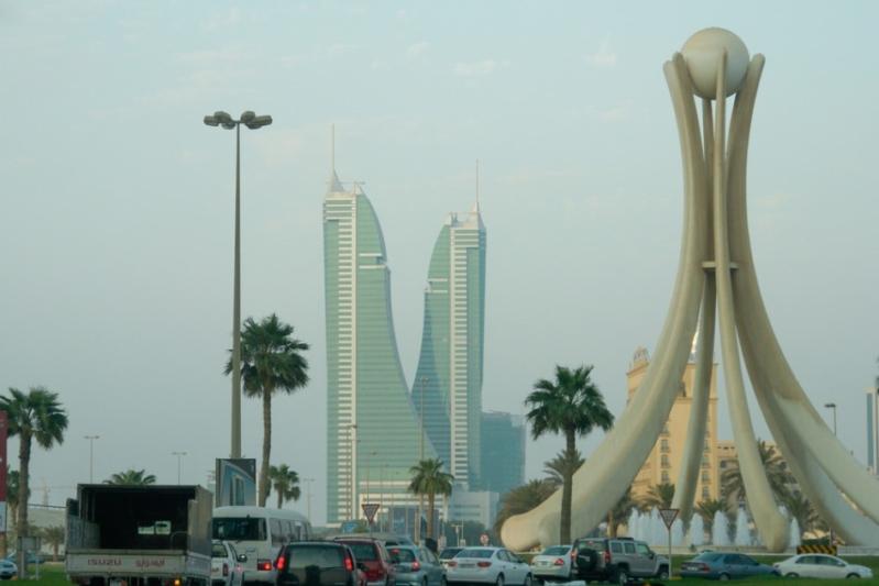 الدعم الخليجي الثلاثي يقود الدينار البحريني للتعافي بقوة أمام الدولار