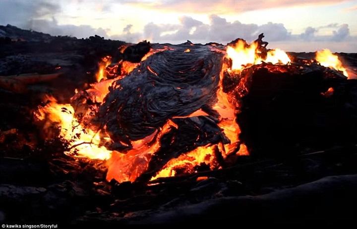 البركان المبتسم 4