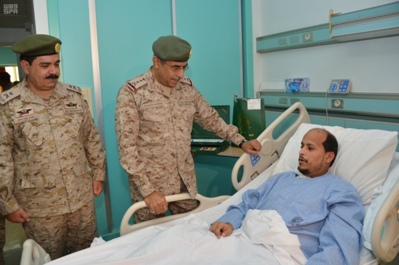 البنيان يزور مصابي القوات المسلحة 3