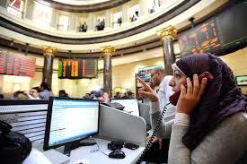 البورصة المصرية تخسر 800 مليون جنيه وتباين في أداء مؤشراتها