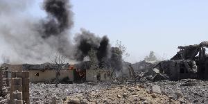 التحالف-يقذف-مخازن-اسلحة-الحوثيين