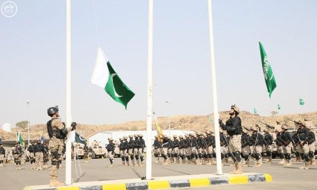 التمرين-العسكري-السعودي-الباكستاني  (6)