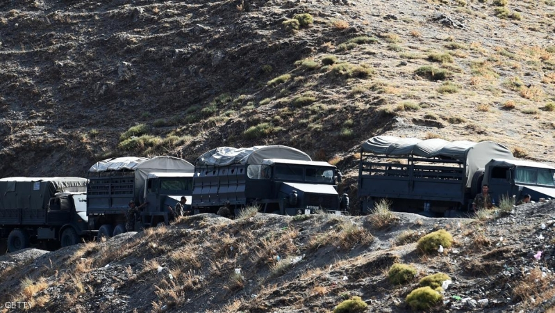 Algerian army troops carry out search operations in the mountainous eastern Tizi Ouzou region in a desperate bid to find French hiker Herve Gourdel who was kidnapped by militants linked to the Islamic State group who have threatened to execute him on September 23, 2014 near the village of Ait Ouaban, 80 km south of Tizi Ouzou. Paris vowed it would not negotiate with jihadists, as the local army raced against time to find him before his threatened execution.   AFP PHOTO / FAROUK BATICHE        (Photo credit should read FAROUK BATICHE/AFP/Getty Images)