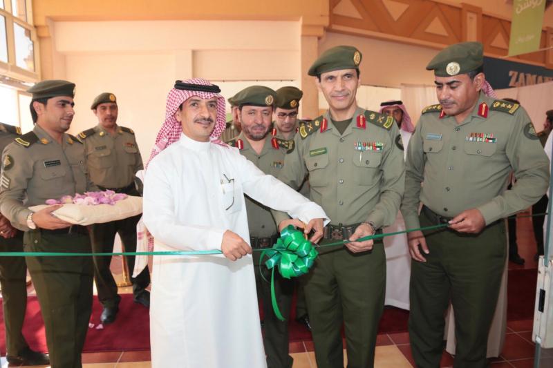 : الجوازات تفتح شعبة الخدمات الالكترونية بروشن مول بمحافظة الخرج 7