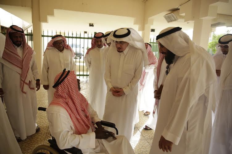 الحقباني يوجه بتنظيم رحلة عُمْرَة لمُسني الرياض والدرعية (1) 