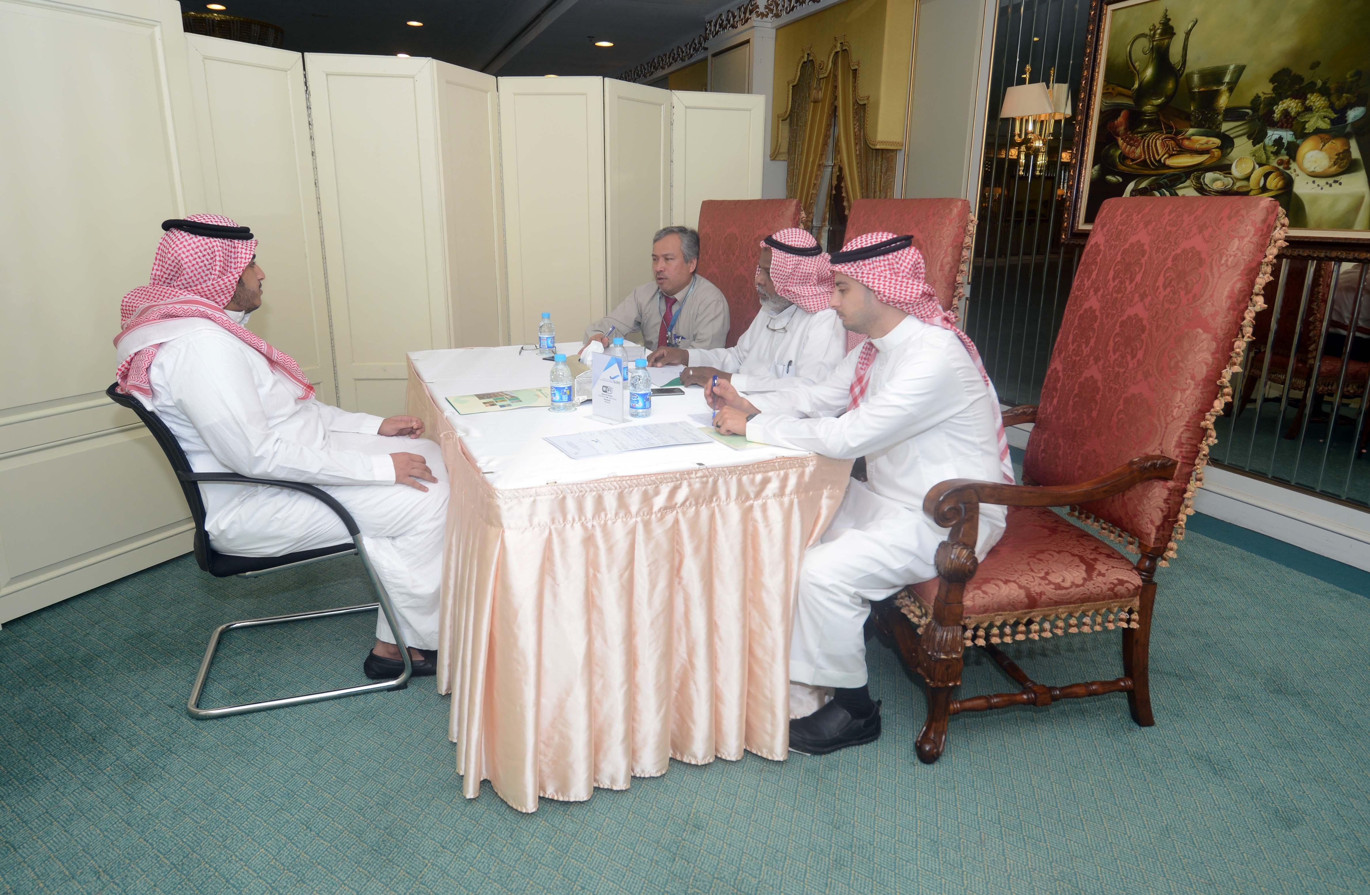الخطوط الجوية السعودية تبدأ مقابلات التوظيف في جدة (5)