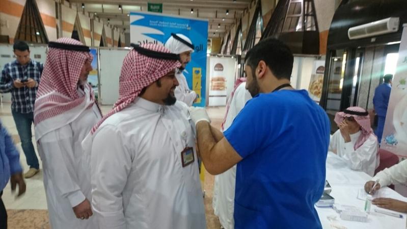 الخطوط الحديدية تطلق حملة تطعيم ضد الإنفلونزا (1)
