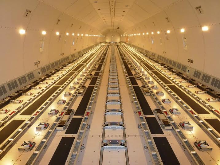 الخطوط السعودية تستلم طائرتين عريضتي البدن من طراز بوينج11
