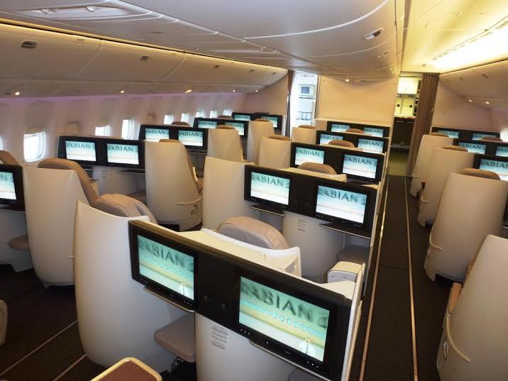 الخطوط السعودية تستلم طائرتين عريضتي البدن من طراز بوينج7