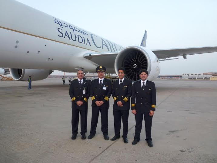 الخطوط السعودية تستلم طائرتين عريضتي البدن من طراز بوينج9