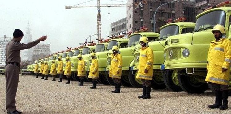 الدفاع المدني تُعلن توفر وظائف لسائقي النقل الثقيل