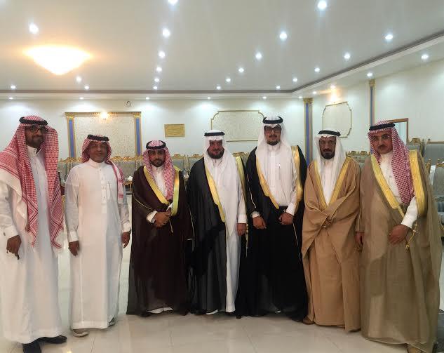 الدكتور عبدالله ال درع بحتفل بزواج نجله خالد