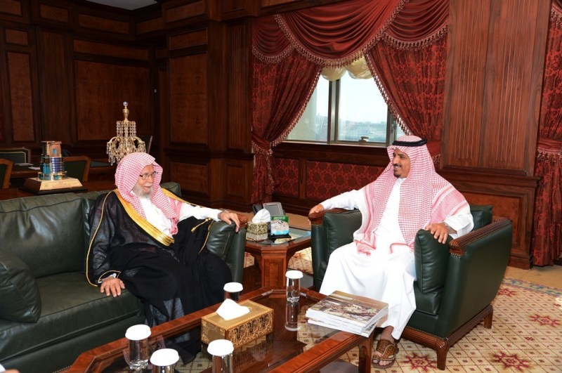 الدكتور عبدالله بن عبدالمحسن التركي (2)