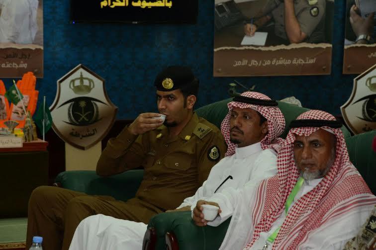 الدويسي يلتقي منسوبي مطار الملك عبدالله بجازان ويُكرم المتميزين 6