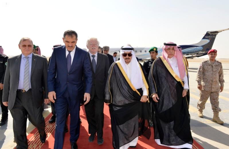 الرئيس الأنغوشي يصل إلى الرياض 22