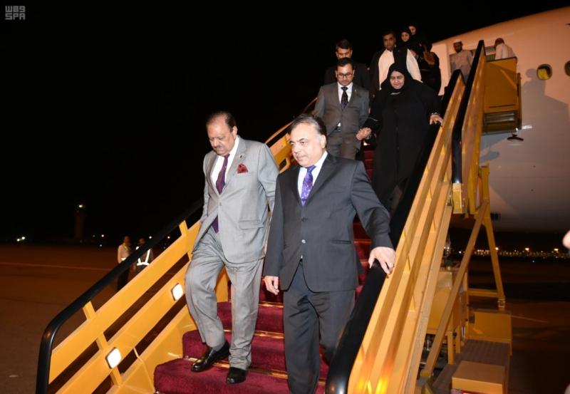الرئيس الباكستاني يصل المدينة المنورة1