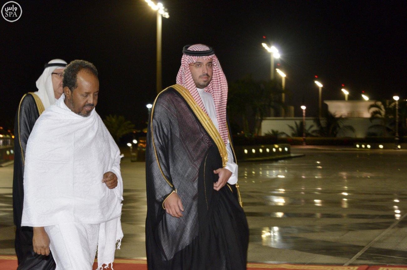 الرئيس الصومالي يصل #جدة قادمًا من #الرياض (2)
