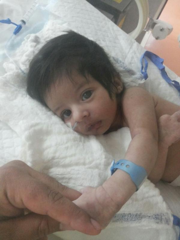 الرضيع طارق (1)