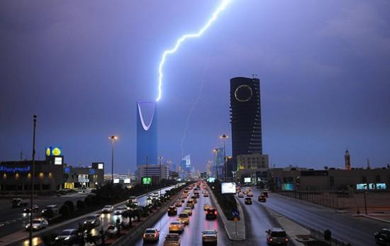 الرياض امطار برق رعد