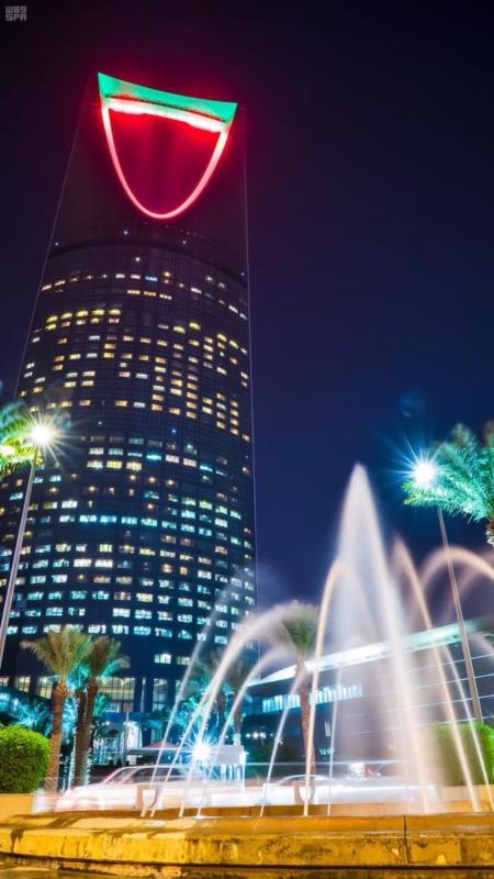الرياض تشارك الإمارات الاحتفاء بيومها الوطني الـ٤٥ 3