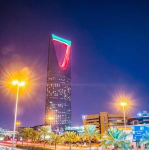 الرياض تُشارك الإمارات فرحتها باليوم الوطني الـ45