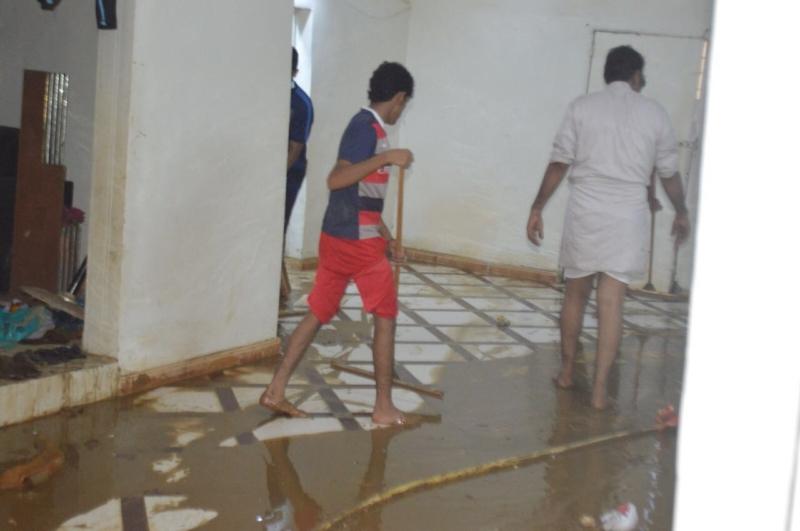 حملة تنظيف المنازل المتضررة بالساحل