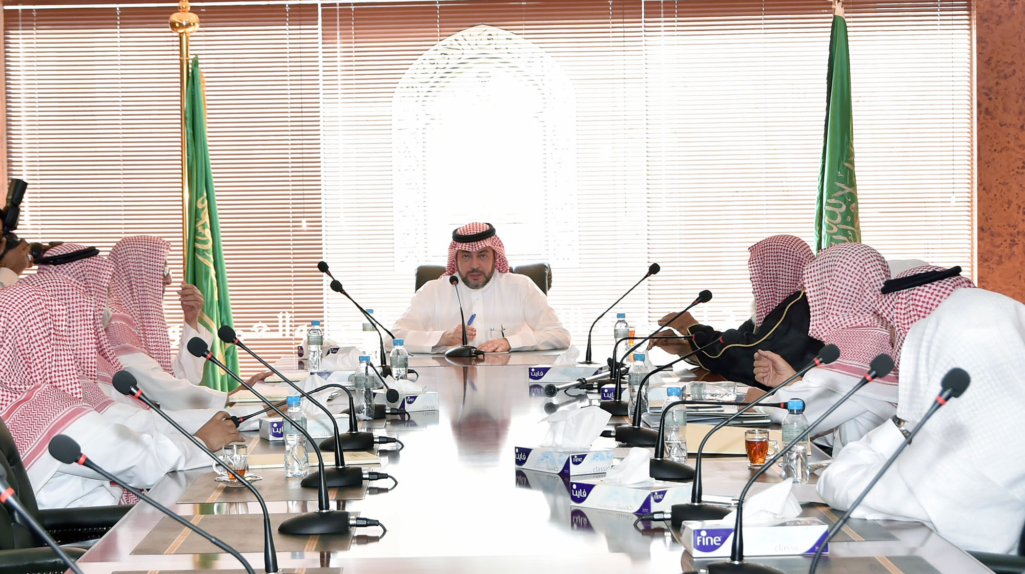 """""""السديري"""" يرأس اجتماع هيئة التوعية الإسلامية الأول بالحج - المواطن"""