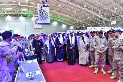 السعودية تدخل عصر صناعة الطائرات والأقمار الصناعية1