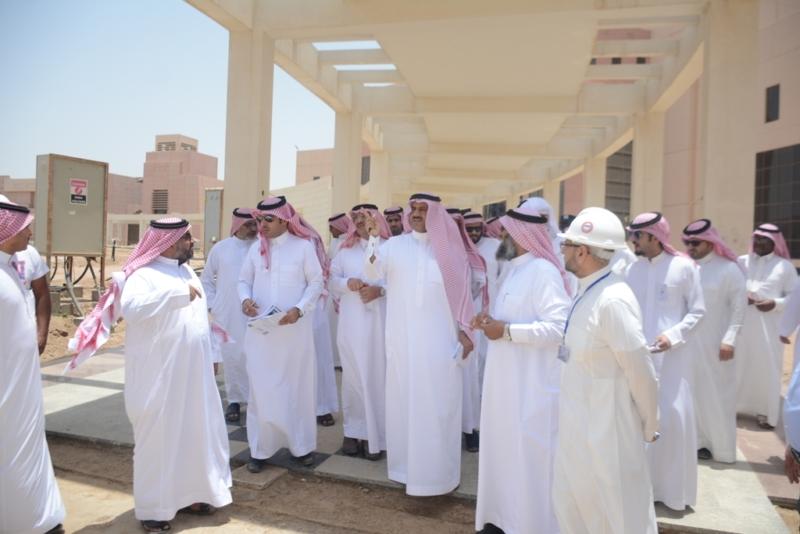 السلمي مدير جامعة الملك خالد (2)