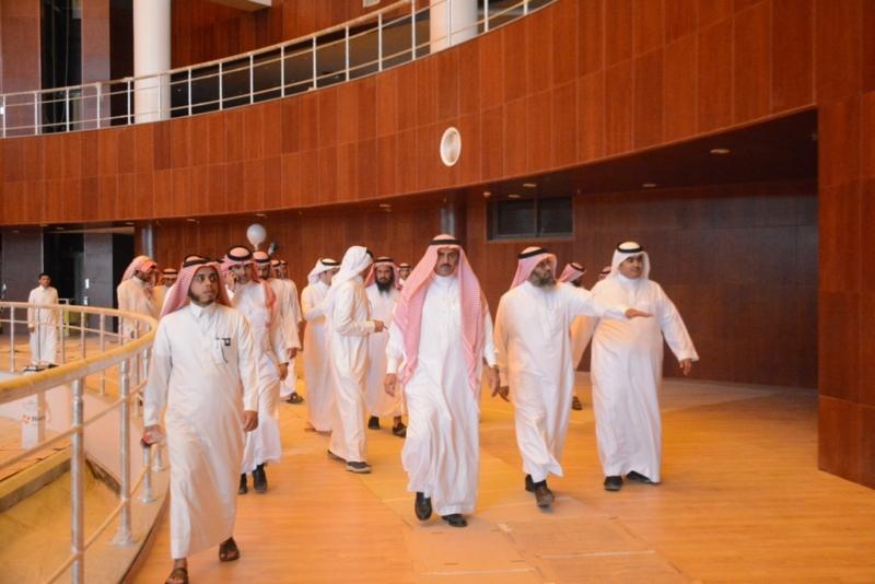 السلمي مدير جامعة الملك خالد (4)