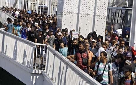 #السويد تعتزم طرد 80 ألف لاجئ