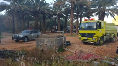 السيطرة على حريق مزرعتين بالعلا  (31195651) 