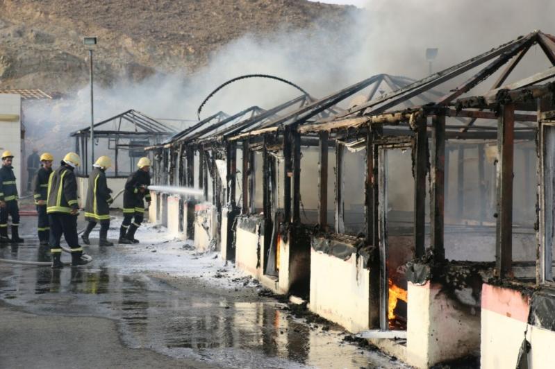 السيطرة على حريق نشب باستراحة أسماك في  مكة (1)