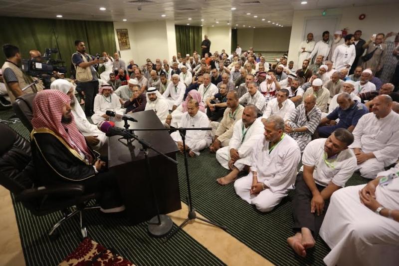 الشتري يزور مقر سكن برنامج الملك للحجاج الفلسطينين 1