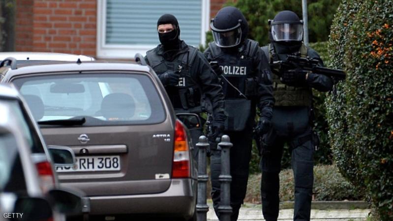 في ألمانيا.. معلومات من السجن تقود للقبض على عضو داعشي بارز