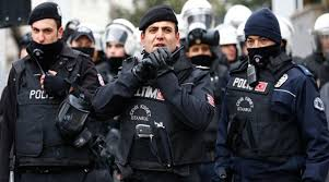تركيا تعتقل الرئيس المحلي لمنظمة العفو الدولية - المواطن