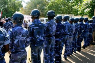 الشرطة السودانية تنتشر وتحبط مخططًا لحرق الميناء الرئيسي بالخرطوم - المواطن