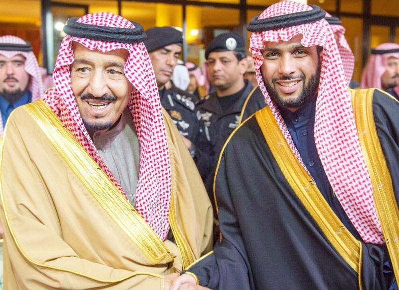 الشركة العربية للإعلانات الخارجية بشرف التكريم من لدن خادم الحرمين الشريفين