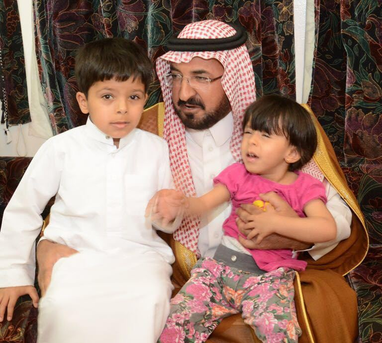 الشمري ينقل تعازي أمير الباحة في شهيد الواجب الغامدي (6)