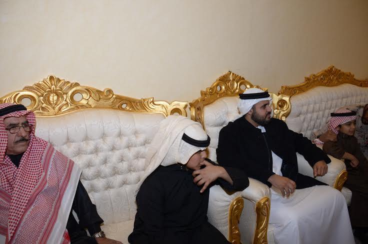 الشيخ ذياب آل نهيان يقدم التعازي بوفاة الشهيد العقيد السهيان4