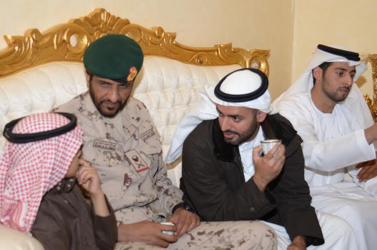 الشيخ ذياب آل نهيان يقدم التعازي بوفاة الشهيد العقيد السهيان6