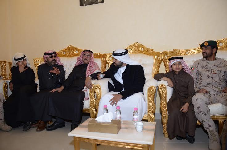 الشيخ ذياب آل نهيان يقدم التعازي بوفاة الشهيد العقيد السهيان7