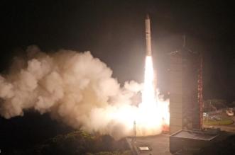 اليابان تطلق صاروخاً يعمل بالوقود الصلب - المواطن