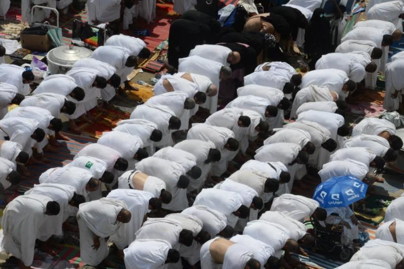 الصلاة-بعرفات (3)