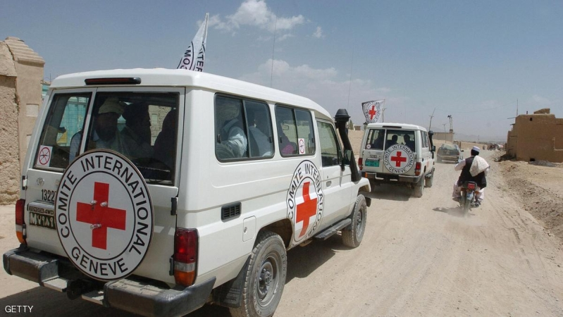 International Red Cross vehicles transport three South Korean hostages after they were released by the Taliban in Ghazni province, 29 August 2007.  The Taliban freed three South Korean hostages in Afghanistan who were handed over to an Afghan tribal chief, the chief told AFP.  An agreement for the release of 19 South Korean hostages was reached in talks between Taliban leaders and South Korean officials in Ghazni with Indonesian diplomats and tribal negotiators also playing a role. The hostages were part of a group a 23 seized by Taliban extremists as they travelled by bus through Ghazni province 19 July.  AFP PHOTO/ SHAH MARAI (Photo credit should read SHAH MARAI/AFP/Getty Images)