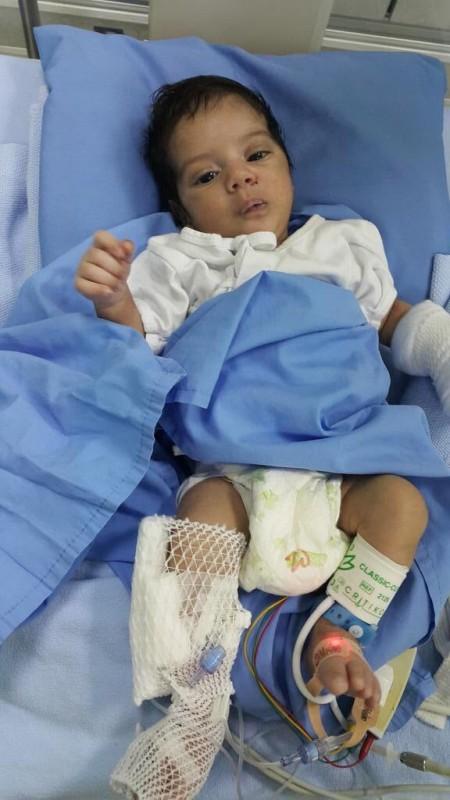 الطفل عبدالعزيز الأردني