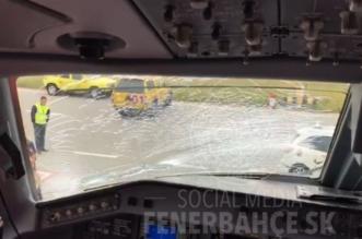 الطيور تجبر طائرة فنربختشة المتوجهة إلى مانشستر على هبوط اضطراري 3